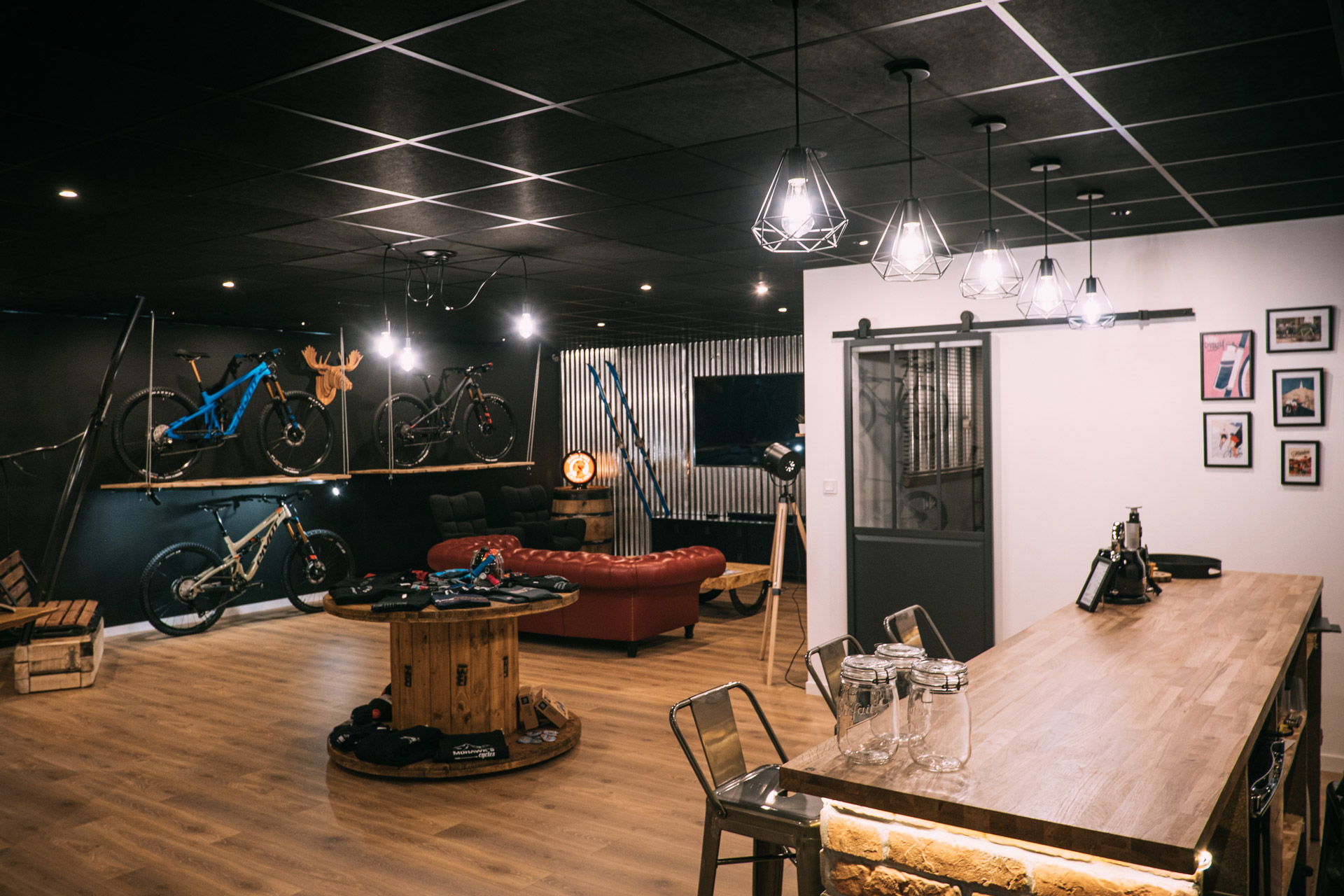 Mohawks Experience Center