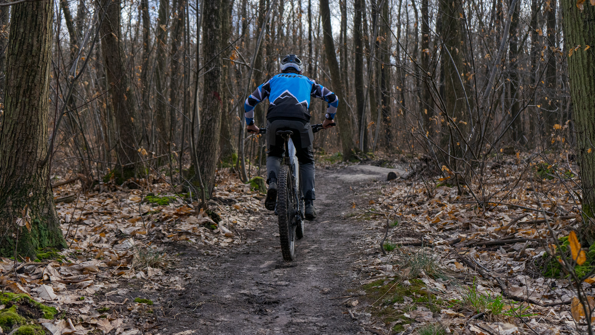 Cannondale Moterra 1 riding